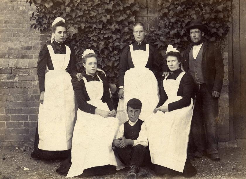 servants1893